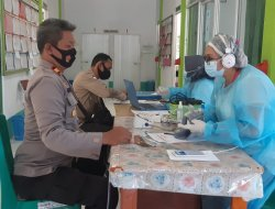 Sering Kontak Dengan Warga, Anggota Polsek Ledo Siap Jalani Vaksin