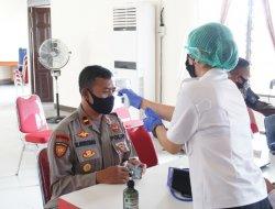 150 Personel Polres Sekadau Ikuti Vaksinasi Tahap II
