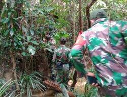 Selain Binter, Babinsa Senaning Juga Cek Patok Perbatasan RI-Malaysia