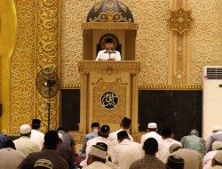 Berikan Kultum di Masjid Raya Mujahidin, Pangdam XII/Tpr : Setiap Muslim Harus Jadi Rahmat Bagi Sekalian Makhluk