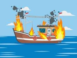 """Kapal Pembawa Pipa CPO """"Rejeki Bersama"""" Terbakar di Sungai Kunyit"""