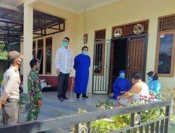 TNI/ Polri Bersama Tenaga Kesehatan Lakukan Pemantauan Terhadap Pasien Suspect Covid-19 di Anjungan