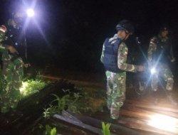 Ratusan Kayu Hasil Kegiatan Illegal Logging Diamankan Satgas Pamtas Yonif Mekanis 643/Wns