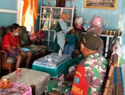 Babinsa Jongkat Dampingi Tim Tracing Covid-19 di Desa Parit Bilal