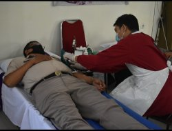 Sambut HUT Bhayangkara ke-75, Polda Kalbar Donor Darah